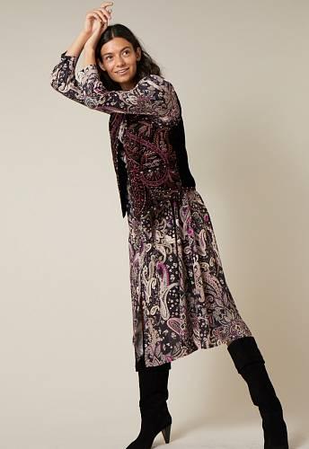 Šaty, M&Co.