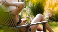 Letní pohodu na zahradě vám pomůže vykouzlit správný zahradní nábytek.