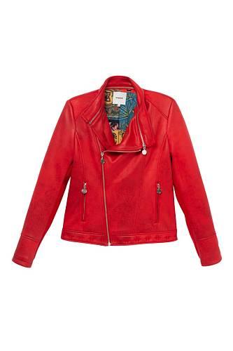 Červená bunda, 3199 Kč