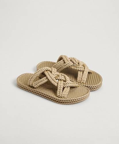 Pantofle, Oysho, 799 Kč