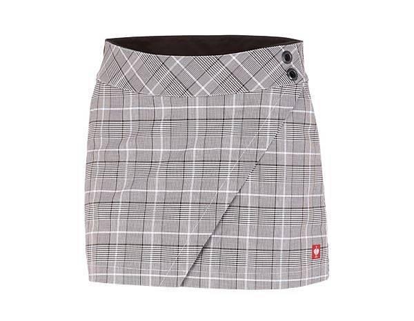 Pracovní kalhoty můžou vypadat i takhle :-) Vážně, jsou to sukňošortky.