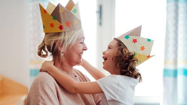 Vnoučata si užívám, emoce mých dětí ne