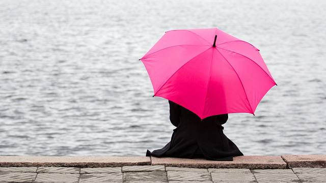 Raději manželství na chvíli nebo být sama?