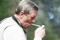 Kuřáci si už mohou zapálit v místech, kde to bylo během sucha zakázáno.