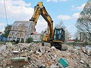 Demolice ubytoven v litvínovské ulici U Bílého sloupu