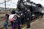 Mezi Mostem a Chomutovem jezdil historický vlak na počest 150 let železnice