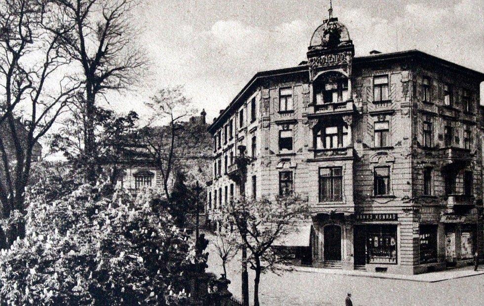 Výpravy do historie: královské město Most. Obchodní dům Hannse Konrada.
