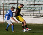 Mostecký fotbalový klub (v modrém) hrál doma proti Olympii Březová.
