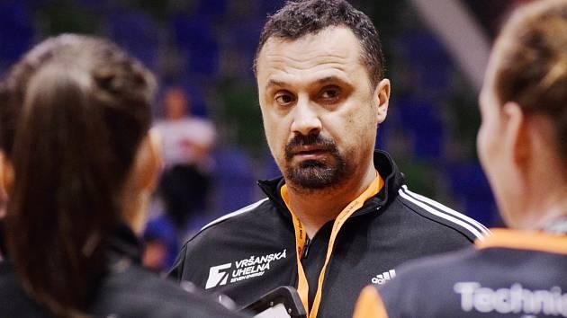 Trenér Mostu Jiří Tancoš.
