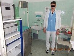 Zadržený falešný doktor v mostecké nemocnici.