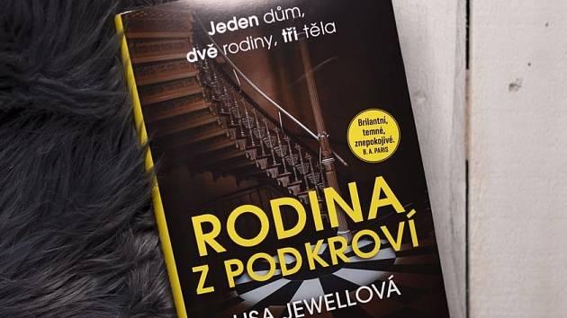 Obálka knihy Rodina z podkroví.
