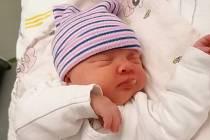 Julie Verešová se narodila 15. dubna v 15.34 hodin mamince Natálii Verešové. Měřila 46 cm a vážila 2,65 kg.