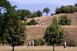 Zatímco mostecký park Hrabák od 90. let pustne, park Šibeník je udržovaný