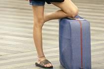 Kufr na nádraží.