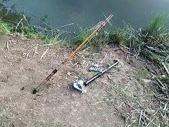 Rybářská stráž zabavila pytlákům pruty