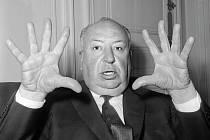 Kniha Dům od Simona Lelice je poctou Alfredu Hitchcockovi.