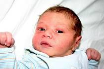 Mamince Sylvii Hodkové z Mostu se 21. září ve 21.45 hodin narodil syn Marian Romain Hodek. Měřil 49 centimetrů a vážil 3,27 kilogramu.
