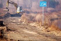 Kolem jezera Matylda vyrůstá nová dráha pro in-line.