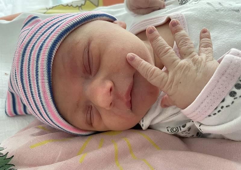 Laura Turková se narodila mamince Daniele Chocholouškové z Malého Března 12. září v 17.40 hodin. Měřila 51 cm a vážila 3,08 kg.