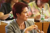 Jaroslava Boudová na dubnovém zasedání zastupitelstva, které odvolalo primátora Vlastimila Vozku.