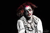 Hororový cirkus Ohana hraje až do 24. května v Mostě.