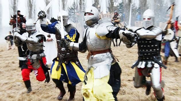 Zimní velká bitva v Podbořanech.