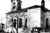 Kostel sv. Leopolda v dnes již neexistujících Bylanech těsně před demolicí.