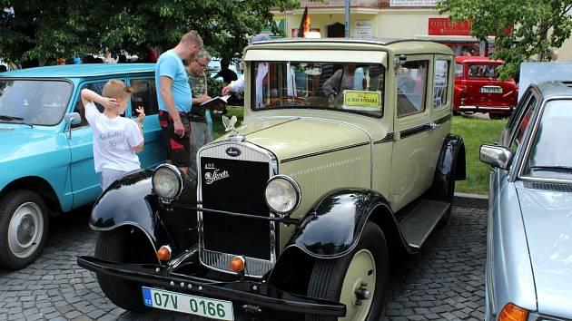 V Litvínově v areálu amfiteátru Loučky proběhne v sobotu sraz automobilových veteránů.