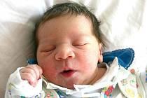 Mamince Nině Bugošové z Janova se 6. dubna v 14.15 hodin narodila dcera Nikola Bugošová. Měřila 48 centimetrů a vážila 2,7 kilogramu.