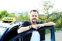 Taxikář Roman Hartmann z Mostu.
