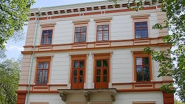 Zámek v Korozlukách.