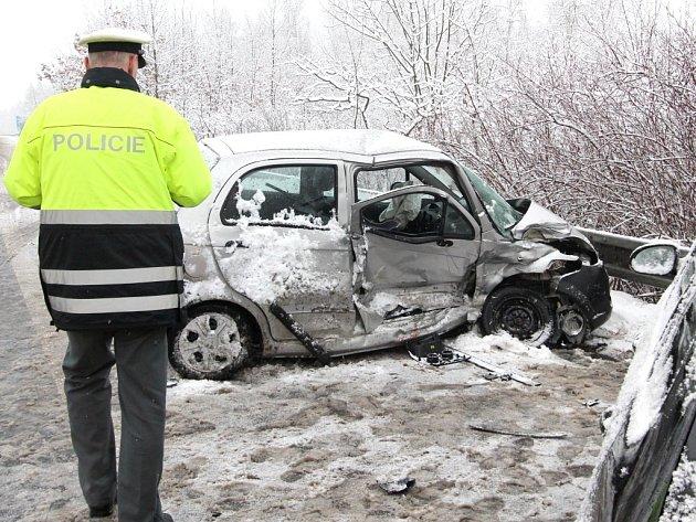 Tragická nehoda pod Hněvínem.