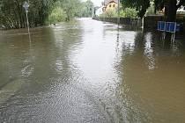 Následky povodní.