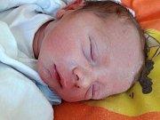 Adam Růžička se narodil 6. května 2018 ve 21.30 hodin mamince Denise Kutnerové z Litvínova. Měřil 49 cm a vážil 2,78 kilogramu.