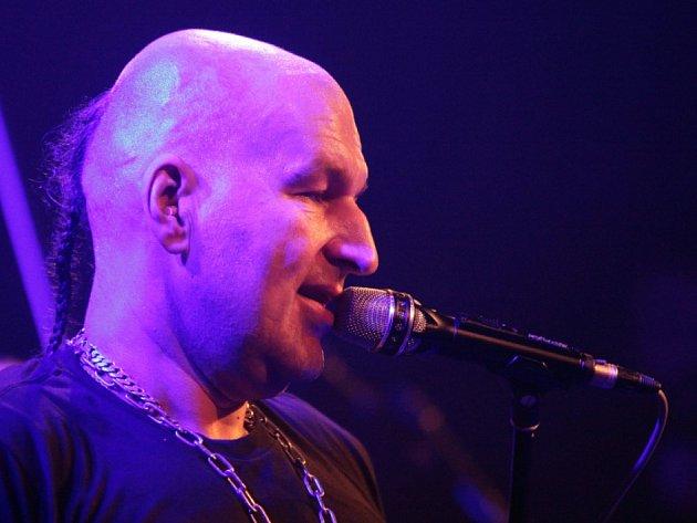 Lou Fanánek Hagen, frontman skupiny Tři sestry