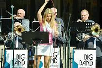 První promenádní koncert na mosteckém 1. náměstí v roce 2016