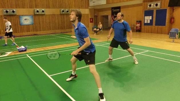Badmintonový turnaj pořádaný domácím Baníkem Most.