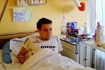 Pavel Bechyňský v motolské nemocnici.