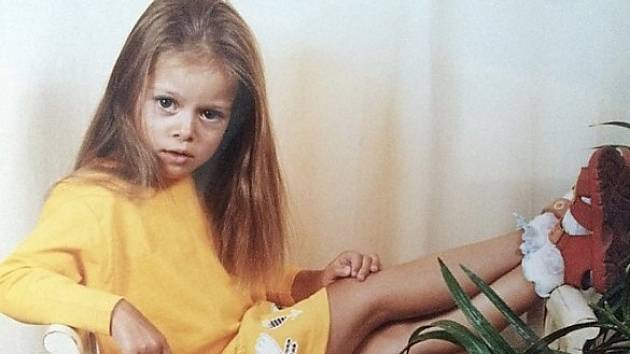 Sranda pro fanoušky - snímek z instagramu Dominiky Zachové, který doprovodila komentářem se smajlíkem: Kdysi v dobách modelingu.
