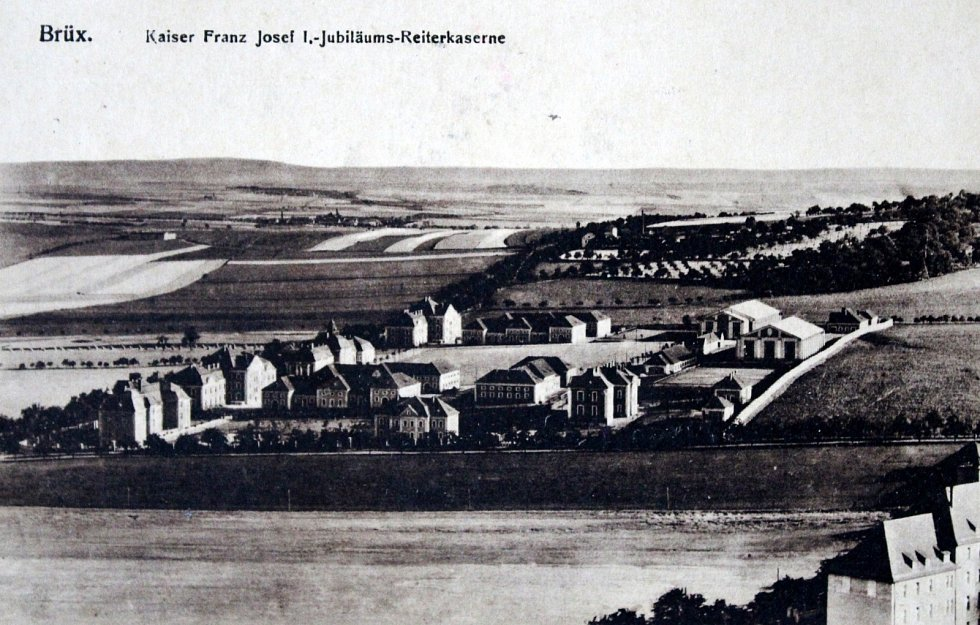 Výpravy do historie: královské město Most. Jezdecká kasárna jubilea císaře Franze Josefa I.