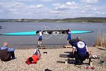 Sen lounských veslařů se splnil, trénovali na hladině jezera Most.