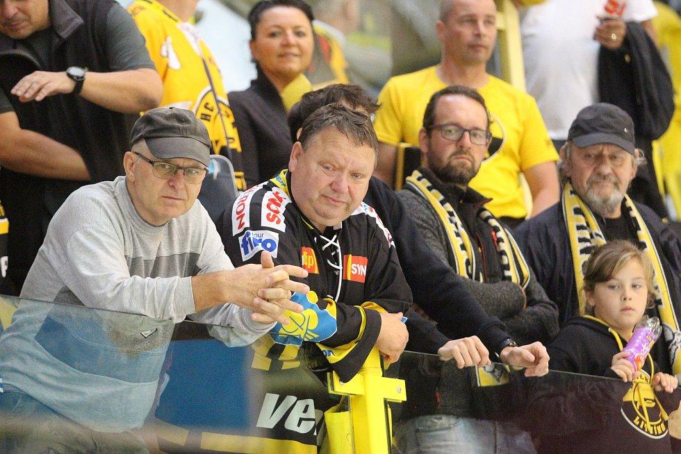 Diváci na hokeji Litvínov - Liberec