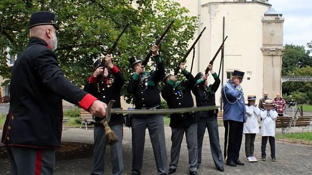 Muzejní noc v Mostě byla ve znamení ostrostřelců.