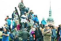 Oslava 70. výročí konce 2. světové války poblíž přesunutého kostela v Mostě. Byla to akce s největší návštěvností na Mostecku v roce 2015.