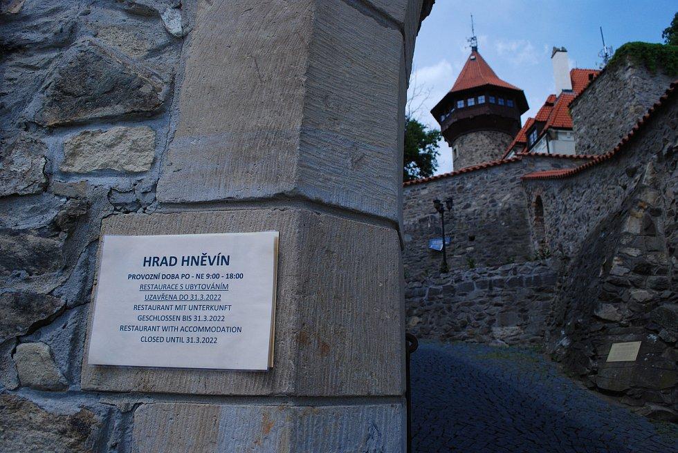 Otevřený mostecký hrad.
