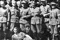 Skupinka polských partyzánů.