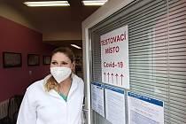 V Krušnohorské poliklinice v Litvínově se otevřela odběrová místnost pro testování na covid