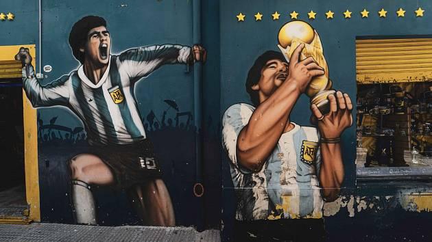 Maradona byl bůh s číslem 10 na zádech, říká známý cestovatel.