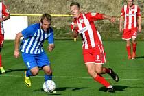 Fotbalisté Souše v domácím zápase s Ostrovem, který prohráli 0:2.