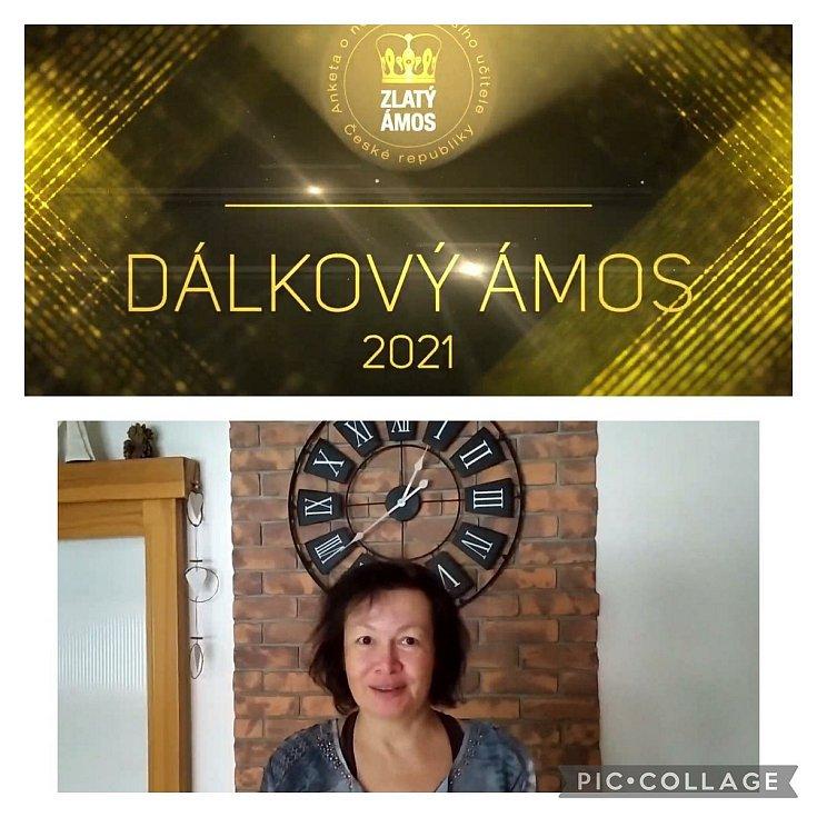 Učitelka Pavla Vopatová ze ZŠ Meziboří obdržela za distanční výuku titul Dálkový Ámos v celostátní anketě Zlatý Ámos.